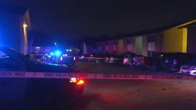 Autoridades investigan balacera en un complejo de apartamentos en Grand Prairie