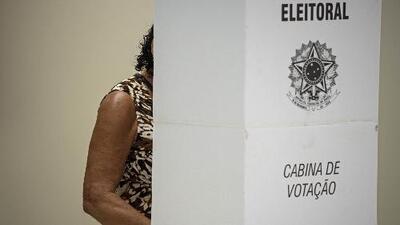 Brasil acude en calma a las urnas para elegir a su próximo presidente
