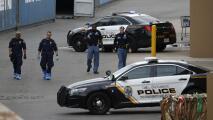 Correr en zigzag y evitar los grupos de personas: algunas de las claves de los expertos para protegerse en un tiroteo