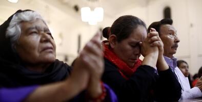 Persona con coronavirus va a la iglesia el Día de la Madre y expone a unos 180 asistentes