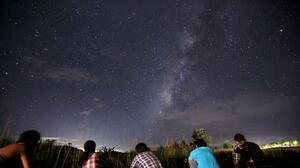 Lluvia de meteoros: cuándo y cómo ver en el cielo el fenómeno de Eta Acuáridas en mayo