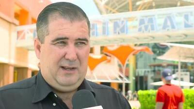 Buscan a bromistas que causaron pánico al esparcir rumores de tiroteo en el Dolphin Mall