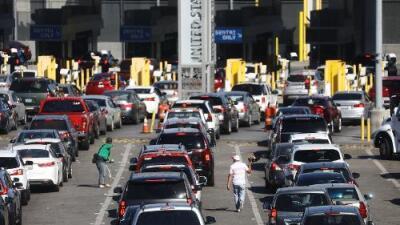 """30 veces detenido en la frontera """"sin razón"""": demanda exige a EEUU no """"hostigar"""" a quienes ayudan a los migrantes"""