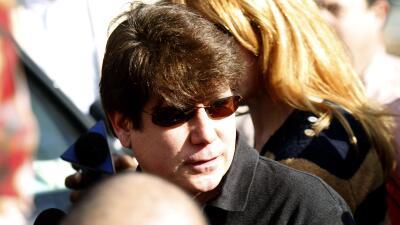 Defensa de Blagojevich da a conocer detalles de la vida del ex gobernador en la cárcel y revelan que canta en un grupo de rock