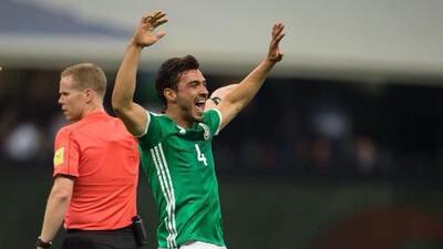 ¿Otro seleccionado mexicano a la MLS? Oswaldo Alanís podría dejar Chivas para jugar con Vela en LAFC