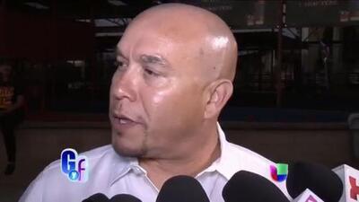 Gustavo Rivera sigue dándole a Lupillo hasta con la cubeta