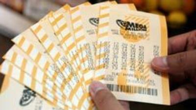 Una pareja hispana de California ganó $266 millones en la lotería