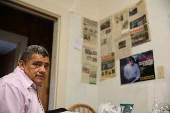 """""""No hay perdón para quienes estamos en santuario"""": José Chicas lleva año y medio encerrado en una iglesia para evitar la deportación"""