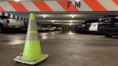 En fotos: Así quedaron decenas de carros tras inundación en el Aeropuerto Dallas Love Field