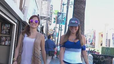 Adriana y Lindsay recorrieron el paseo de la fama en Hollywood