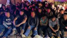 Detienen a 180 indocumentados escondidos en tres viviendas de Laredo, Texas