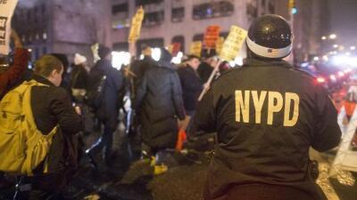 Policía en alerta en Nueva York, con amenazas de posibles balaceras en Navidad