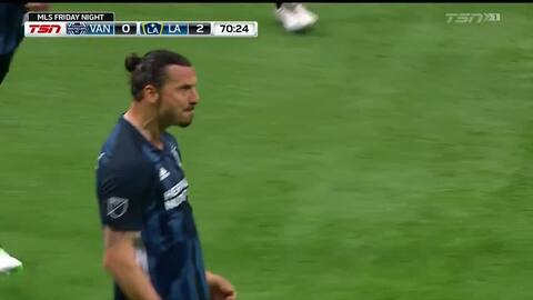 Pechito y 'cañonazo' de Zlatan para aumentar la ventaja del Galaxy con un golazo