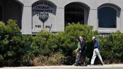 El atacante de la sinagoga en San Diego se inspiró en la masacre en Nueva Zelanda