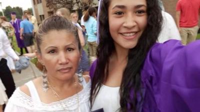 """""""Gritaban y pedían ayuda mientras eran asesinadas"""": detenida una joven tras matar a su hermana y madre"""