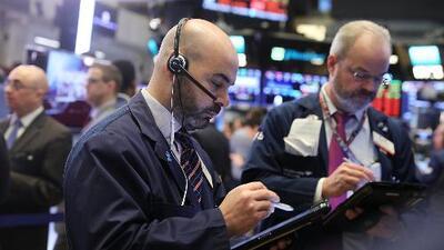 ¿Cómo afecta su bolsillo la histórica caída de la Bolsa de Nueva York?