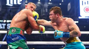 "Canelo: Billy Joe Saunders ""no fue tan difícil como lo esperaba"""