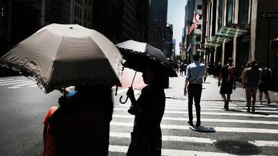 A Nueva York le espera un domingo con alerta por calor excesivo y algunas lluvias y tormentas eléctricas