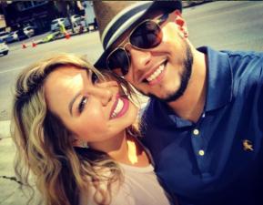 Chiquis Rivera muere de felicidad junto a Lorenzo Méndez en su primera alfombra roja juntos, en Latin GRAMMY