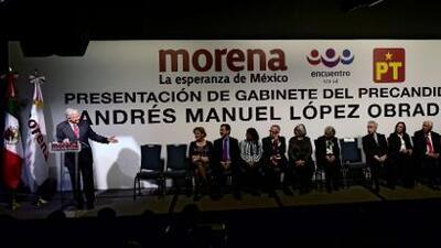 López Obrador presenta el que sería su gabinete si ganara las presidenciales de 2018