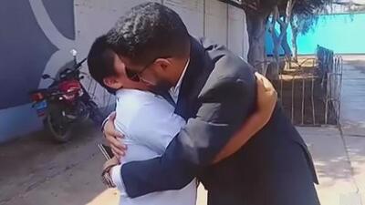 La vida del niño peruano que estudiaba bajo la luz de un poste cambió gracias a la solidaridad de un empresario árabe