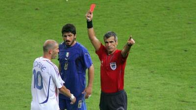 El árbitro del famoso cabezazo de Zidane a Materazzi cuenta la verdadera historia de esa expulsión