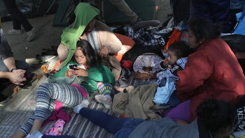 Gobierno entrante de AMLO niega acuerdo con la administración Trump sobre la caravana de migrantes