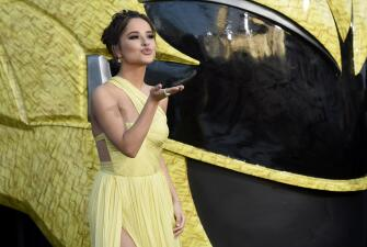 Becky G, la nueva Power Ranger amarilla que es novia de Sebastian Lletget