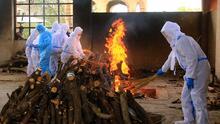 Crematorios y ambulancias en todas partes: el alarmante repunte del covid-19 en India