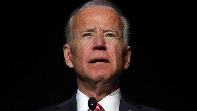 """Joe Biden responde a las acusaciones y promete ser """"más respetuoso"""" con el espacio personal"""