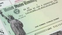 Grupo de venezolanos en el sur de Florida es acusado de robar miles de dólares en cheques de estímulo económico
