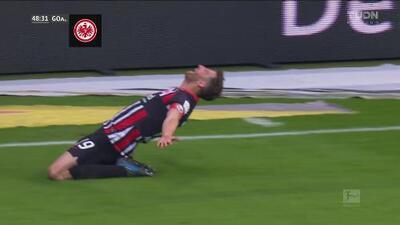 ¡Otro más del Eintracht! Abraham le hace daño al Bayern