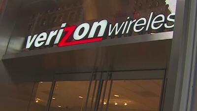 Representantes de la compañía Verizon comparecieron en el capitolio de California