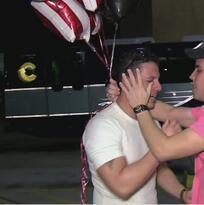 Pareja de cubanos se reencuentra en Miami tras estar detenidos en Louisiana