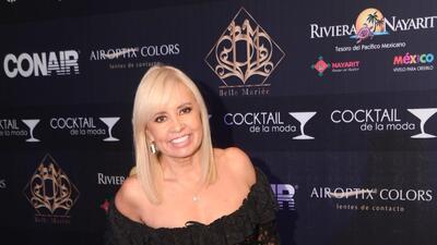 Carla Estrada recibe reconocimiento por su trayectoria