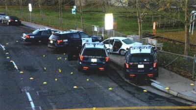 Fiscales en California exoneran a policías que balearon a una joven hispana en Navidad