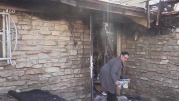 Incendio arrasa con hogar de mujer de la tercera edad en San Antonio