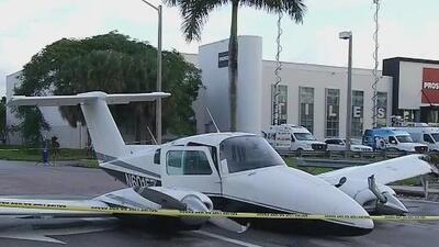 Siguen sin esclarecerse las causas del aterrizaje de emergencia de una avioneta en una vía pública en Doral