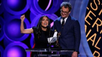 """Salma Hayek contra Trump en los Spirit Awards: """"Este premio no ha ido nunca para un país de mierda... porque no los hay"""""""