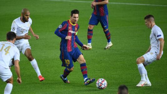 Seguimiento a Lionel Messi   Anota de penalti y da una asistencia