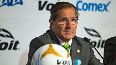 Edgardo Codesal, hospitalizado en la Ciudad de México