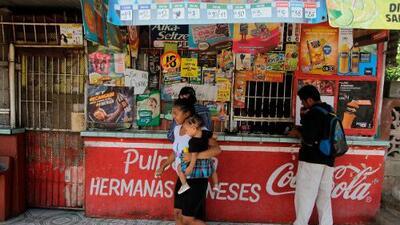 """""""Están creando una crisis mayor"""": el gobierno de Nicaragua sube los impuestos y dispara el precio de la canasta básica"""