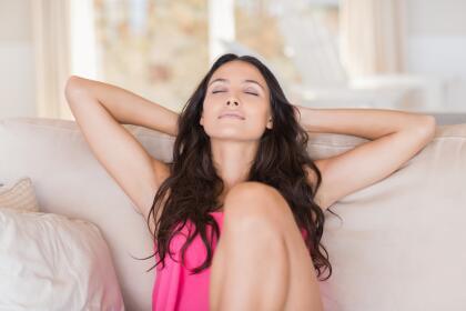 <b>VIRGO</b><br>Disfrutan de las actividades que no implican mucho esfuerzo físico, sus días suelen estar rodeados de estrés. Su personalidad metódica y analista, comúnmente no les permite estar tranquilos, es por eso que los ejercicios que más le convienen implican meditación y relajamiento, sin descuidar el cuidado corporal.<br>
