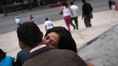 Para evitar extorsiones policiales, Guadalajara modifica ley sobre parejas que son sorprendidas teniendo sexo en la vía pública