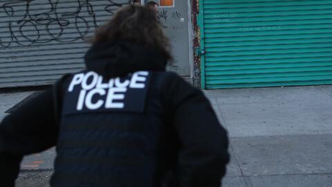 Fábrica en Texas donde ICE realizó redada dice que la acción fue injusta