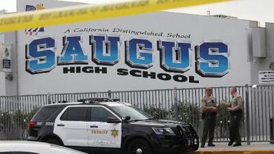 Murió el joven sospechoso del tiroteo en la secundaria Saugus en Santa Clarita
