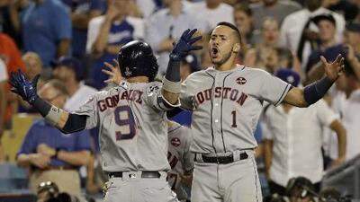 ¡De locura! En partido para el recuerdo, los Astros vencen 7-6 a los Dodgers en el Juego 2