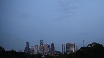 Condiciones estables y temperaturas cálidas para la noche de este martes en Houston