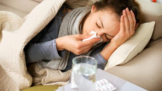 ¿La del covid protege del flu? Los médicos explican la importancia de tener dos vacunas