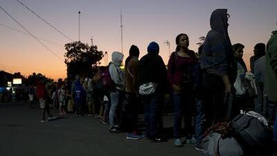 Una nueva caravana de migrantes parte de Honduras rumbo a EEUU